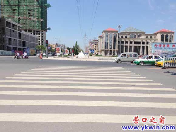 渤海大街道路施划工程即将完成