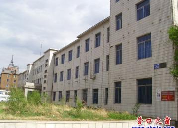 12bet市:大楼空空闲置两年半