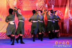 营口:军民联欢文艺晚会