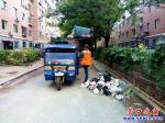营口市:这个小区爆满的垃圾桶清空了